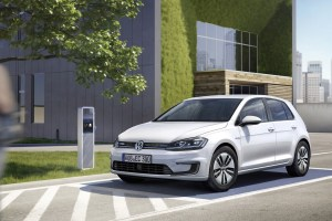 volkswagen-e-golf-2017-01